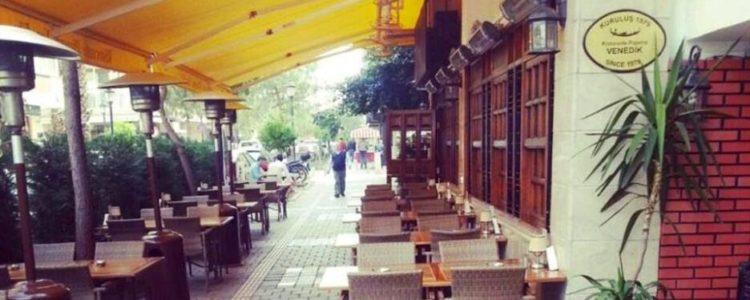 İzmir'de bir İtalyan: Ristorante Pizzeria Venedik
