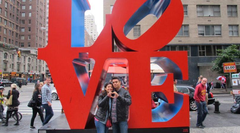 26-newyorkta-ask-baskadir-love-heykeli.JPG