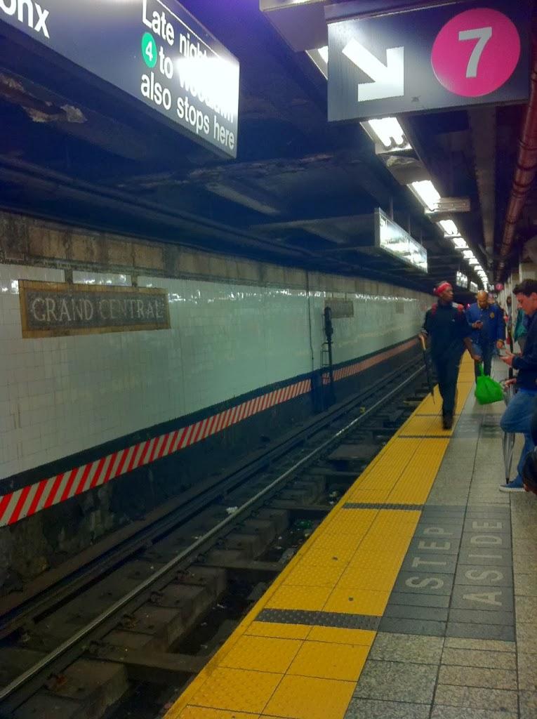 3-new-york-metro-tren-istasyonu.JPG