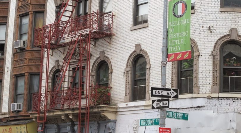 32-newyork-sokaklar%C4%B1ndan-kucuk-italyaya-gecis.JPG