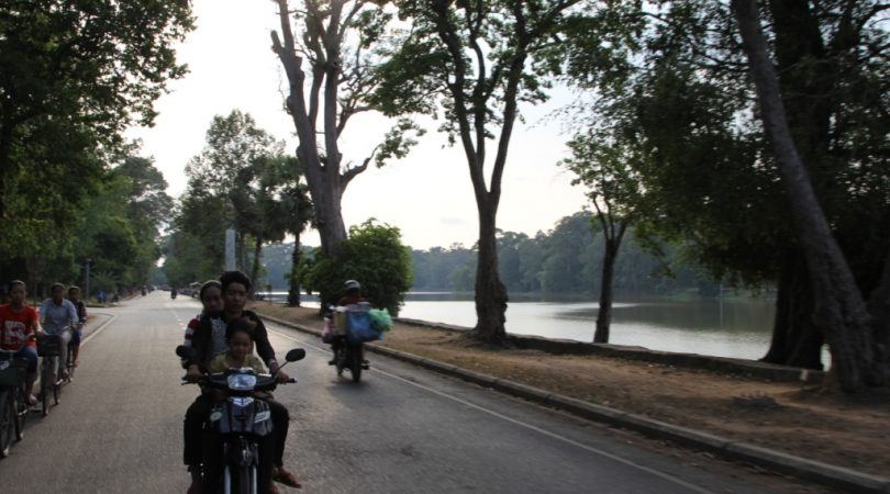 Angkor-way.JPG