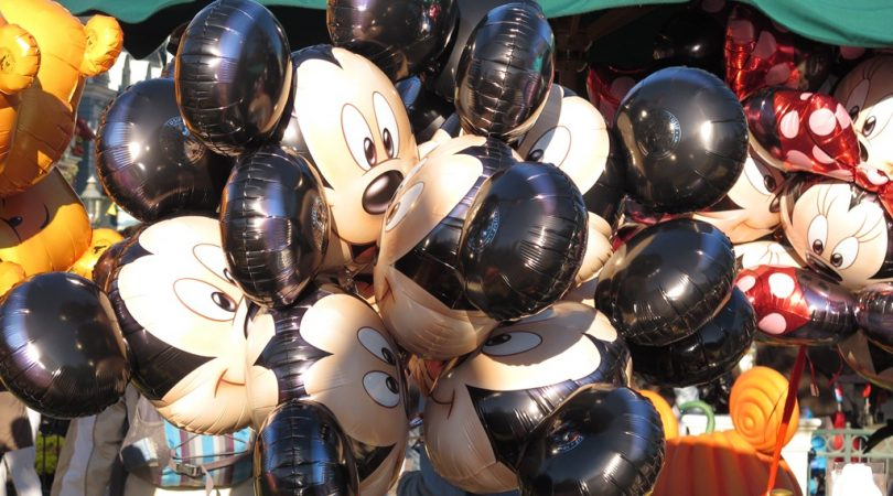 Disneyland-Mickey.JPG