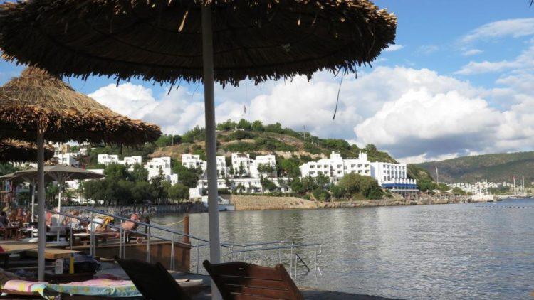 Bodrum'da Zeki Müren Temalı Bir Tatil