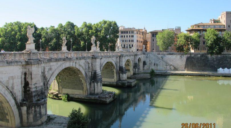 Ponte-Sant'-Angelo.JPG