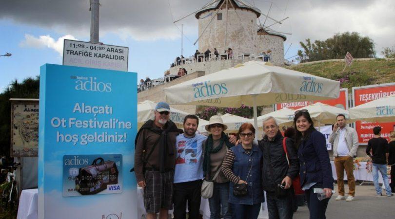 alacati-ot-festivali1.JPG