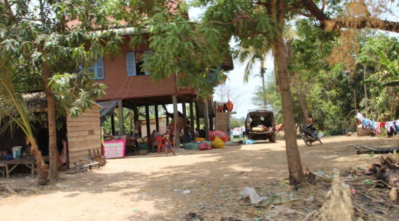 cambodia_houses.JPG