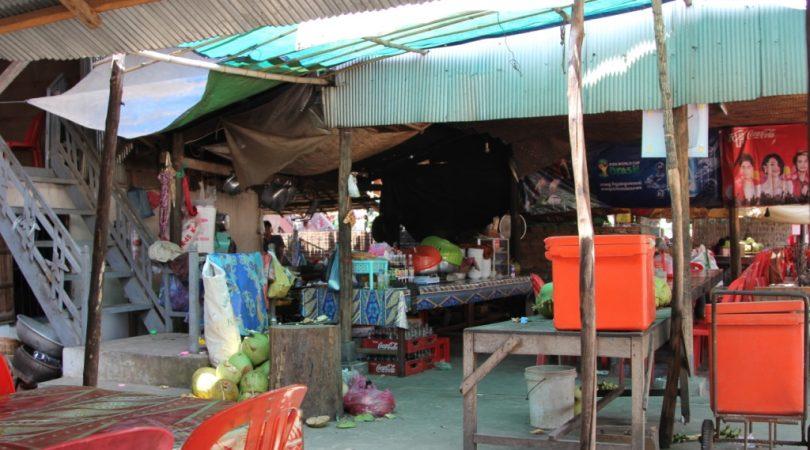 cambodia_local_restaurant.JPG