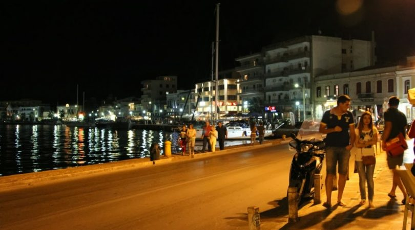 chios-at-night.JPG