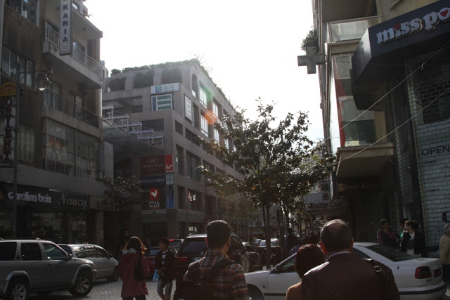 hamra-street-beirut1.JPG