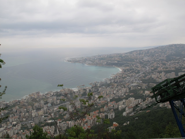 harissa-cable-car.JPG