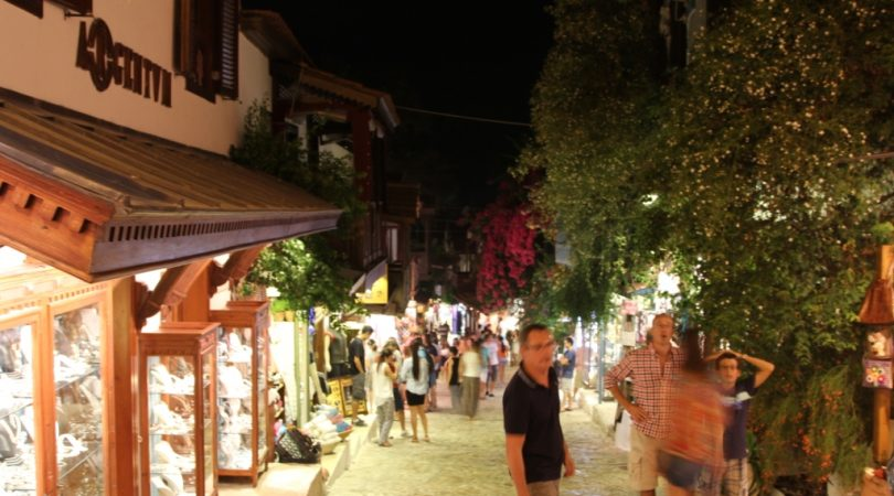 kas-shopping-street.JPG