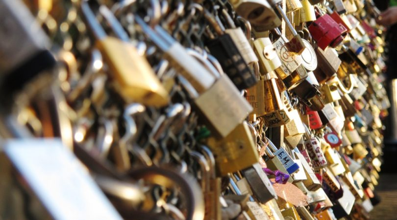 love-lock-bridge-paris.JPG