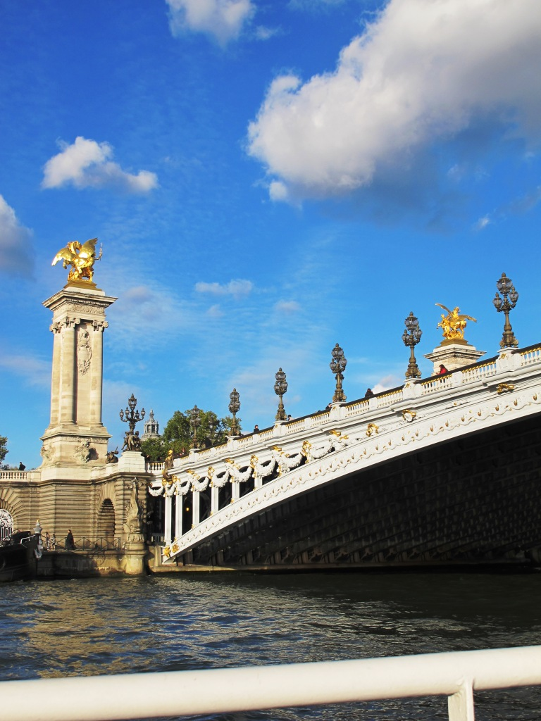 paris-bridge-(2).JPG
