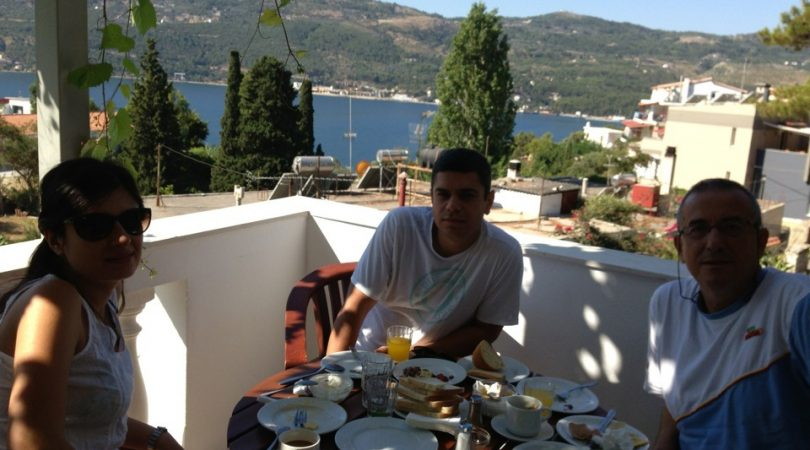 samos-breakfast.JPG