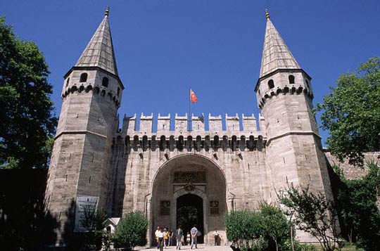 Topkapi Palace is one of places the you must see in istanbul