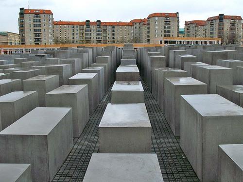 jewish_holocaust.jpg
